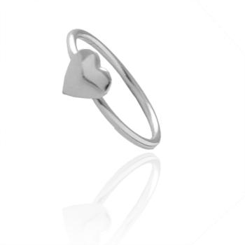 Anel de falange (ou infantil) folheado a prata com adereço em forma de coração