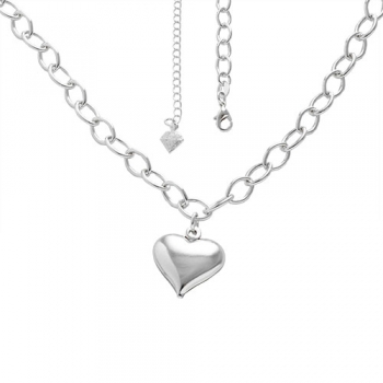 Gargantilha folheada a prata e pingente em forma de coração